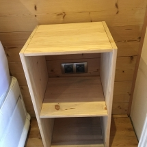 Bedside stand chambre la foret