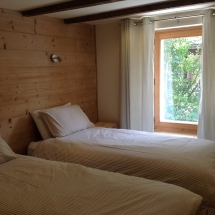 Chambre le foret with split beds