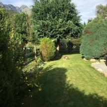 Chalet Alys Garden Lawn