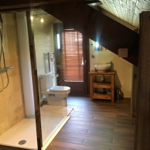 Chalet Alys Mezzanine bathroom