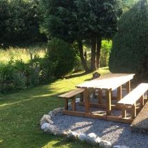 chalet alys garden table
