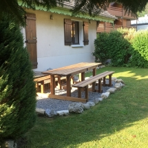 chalet alys garden table and chalet